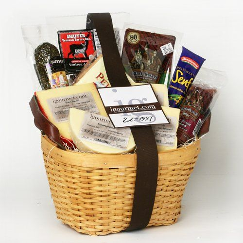 Basket of Meat and Cheese Favorites (5.1 pound) - http://www.yourgourmetgifts.com/basket-of-meat-and-cheese-favorites-5-1-pound/