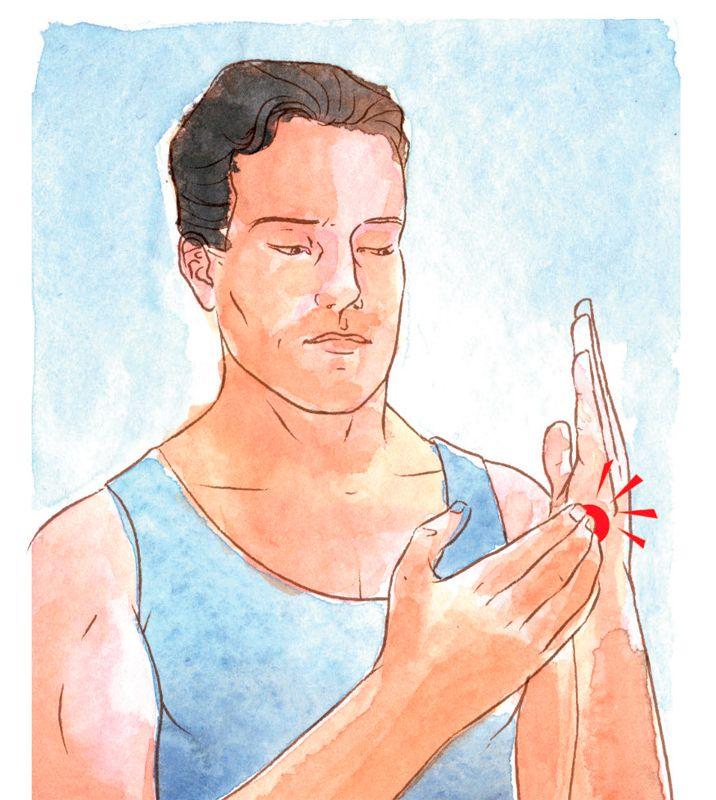 Na lateral da mão, entre a base do dedo mínimo e o osso do pulso, está o ponto caratê. Usando a ponta dos dedos indicador, do meio e anelar, dê batidinhas constantes nesse local enquanto repete, em voz alta, três vezes: Mesmo tendo... [dar o nome do problema], eu me aceito profunda e completamente.