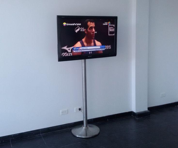 Base de tubo para televisor pantalla plana