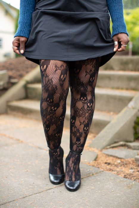 Plus Size Black Rose Skull Net Tights