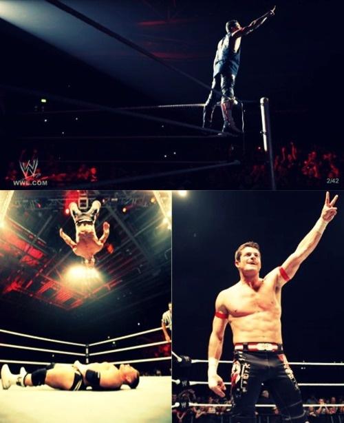 Favorite Wrestler: Evan Bourne