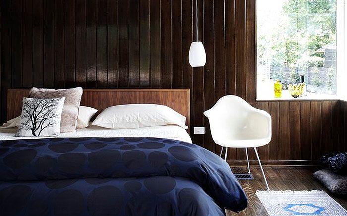 Синее постельное - самый простой способо ввести цвет в интерьер