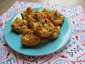 Mijn mixed kitchen: Peynirli ağzı açık börek (open mini börek met Turkse witte kaas)