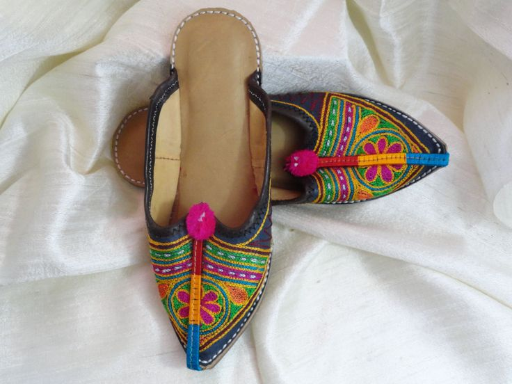 Colorful summer flat shoes or sandals for women. Indian Flat, Casual, ethnic shoes. Boho ethnic indian shoes. From Artikrti. http://bit.ly/1B3x93z