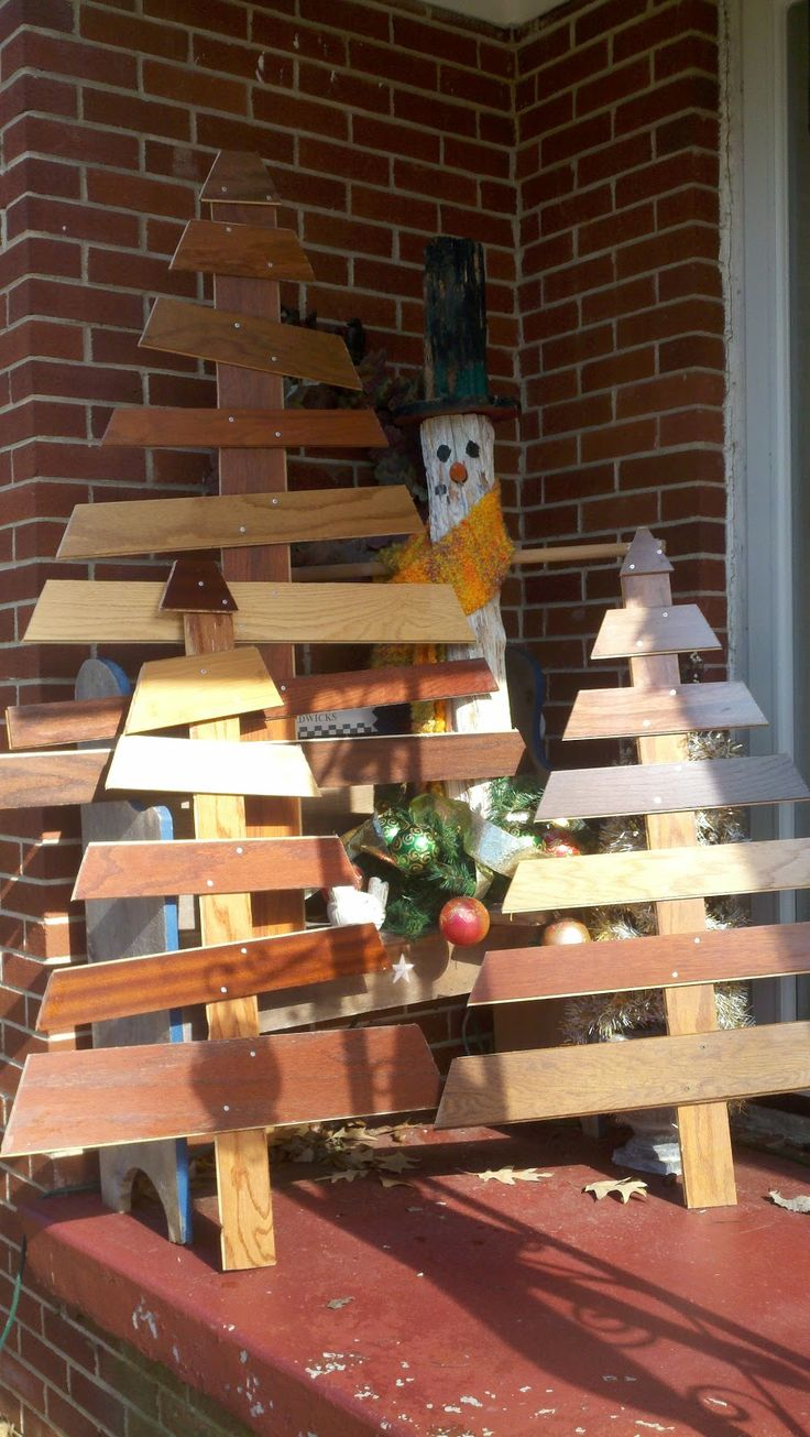Wooden craft christmas trees - Wooden Christmas Trees But With Different Wood And Maybe Painted