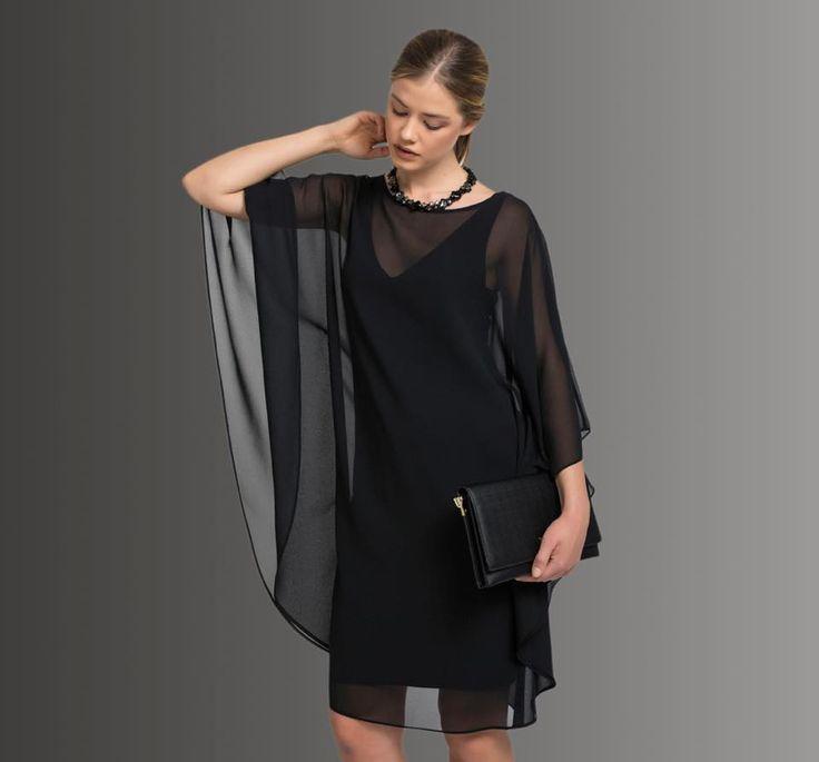 Özel günlerin vazgeçilmezi siyah elbiseler size kusursuz bir şıklık sunuyor.