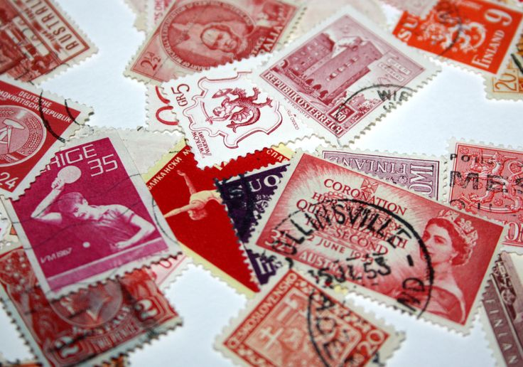 100 Vintage Postage Stamps - Shades of Red - Card Making - Mixed Media - Collectibles - Resin Jewerlry Scrap book Art & Crafts