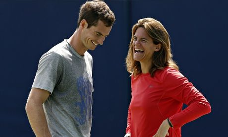 Andy Murray feels let down by Virginia Wade's barb at Amélie Mauresmo • 1977 Wimbledon champion clashed with Andy Murray before • French coach had history with nerves when she was competing      http://www.theguardian.com/sport/2014/jun/22/andy-murray-virginia-wade-wimbledon-amelie-mauresmo
