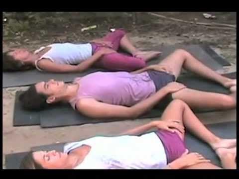 Clase de Yoga - Domingo.