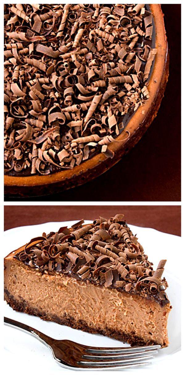 Bailey's Chocolate Cheesecake -- Irish cream adds the perfect kick to this delicious dessert! gimmesomeoven.com #cheesecake #chocolate #dessert