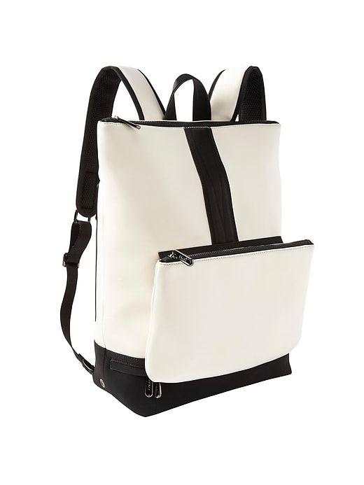 Caraa x Athleta Convertible Backpack   Athleta   My Style Pinboard ... b25046b7b1