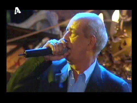 Dimitris Mitropanos - Roza (live) - YouTube