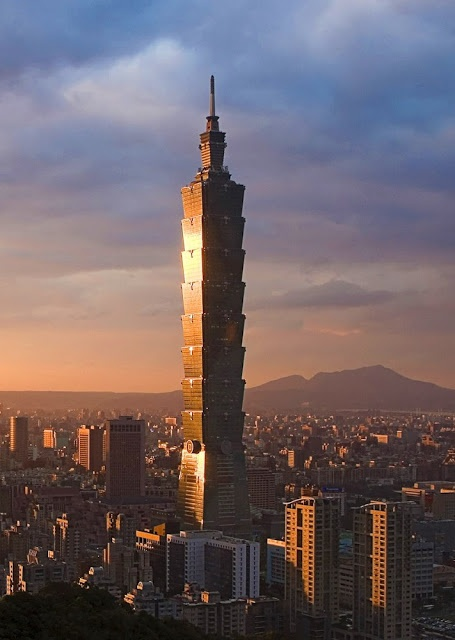 * Taipei 101 (Taipei World Financial Center), Xinyi District, Taipei ....  TAIWAN ...  The building ranked officially as the world's tallest from 2004 until the opening of the Burj Khalifa in Dubai in 2010. (Architect C.Y. Lee & Partners. Structural engineer Thornton Tomasetti)