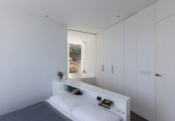 Фото из портфолио Изящная геометрия дома с видом на Средиземное море –…