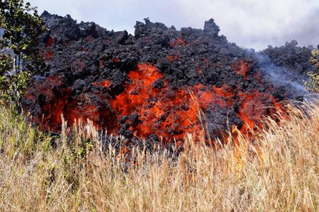 Hawaii's Amazing Volcanic Rocks Becky Oskin, OurAmazingPlanet Staff WriterDate: 14 May 2013 AaCredit: USGS This rough, rubbly lava, pronounced ah-ah, is the Hawaiian term for a thick, pasty lava flow with a fragmented surface. The distinctive, blocky flow advances like a tractor tread, with a jumbled mass steepening at the front until it tumbles over.