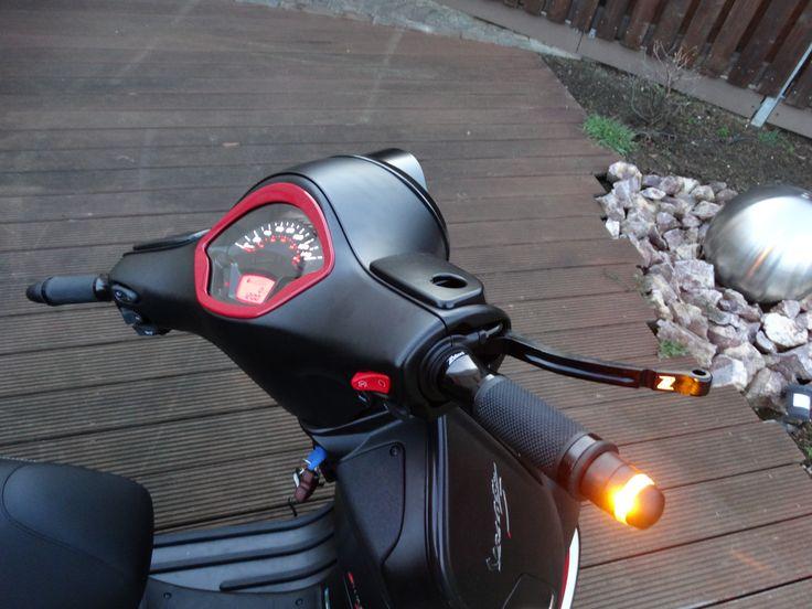 Kellermann BL 2000 an Vespa GTS 300