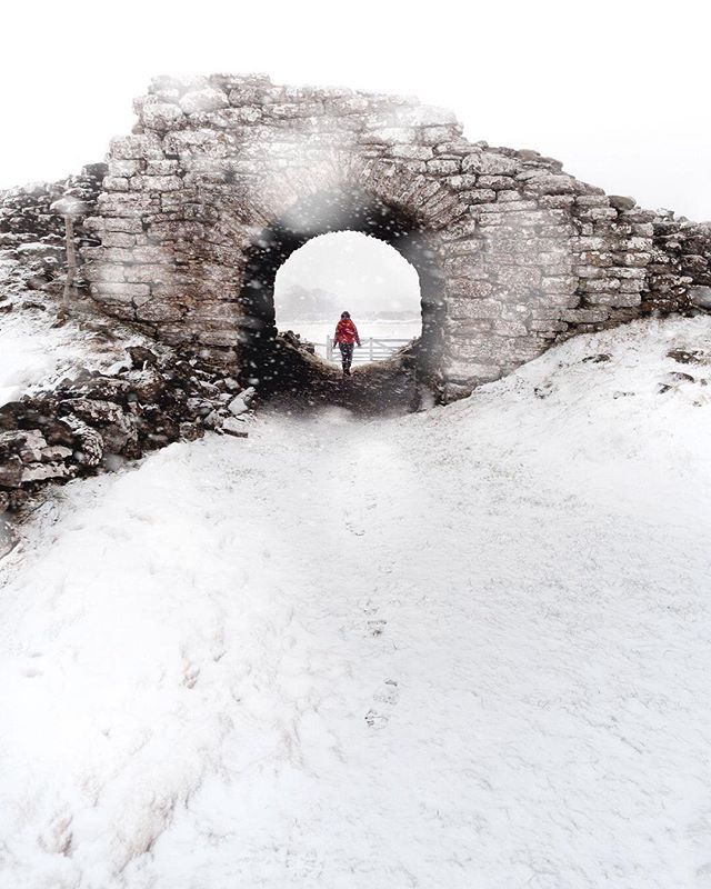 Snow storm a week ago in Öland... Last winter shot of the season (hopefully)!  #weroamsweden #graborg #öland #sweden #fujifilm_xseries