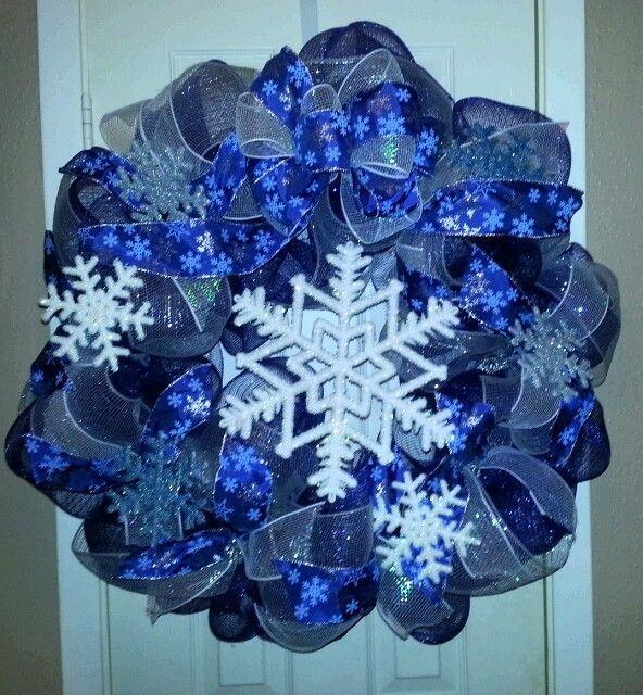 winter+deco+mesh+wreath+instructions | Snowflake Winter Deco Mesh Wreath