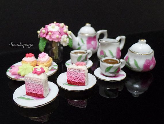 Dollhouse Miniature High Tea Coffee cake patisserie by BEADSPAGE