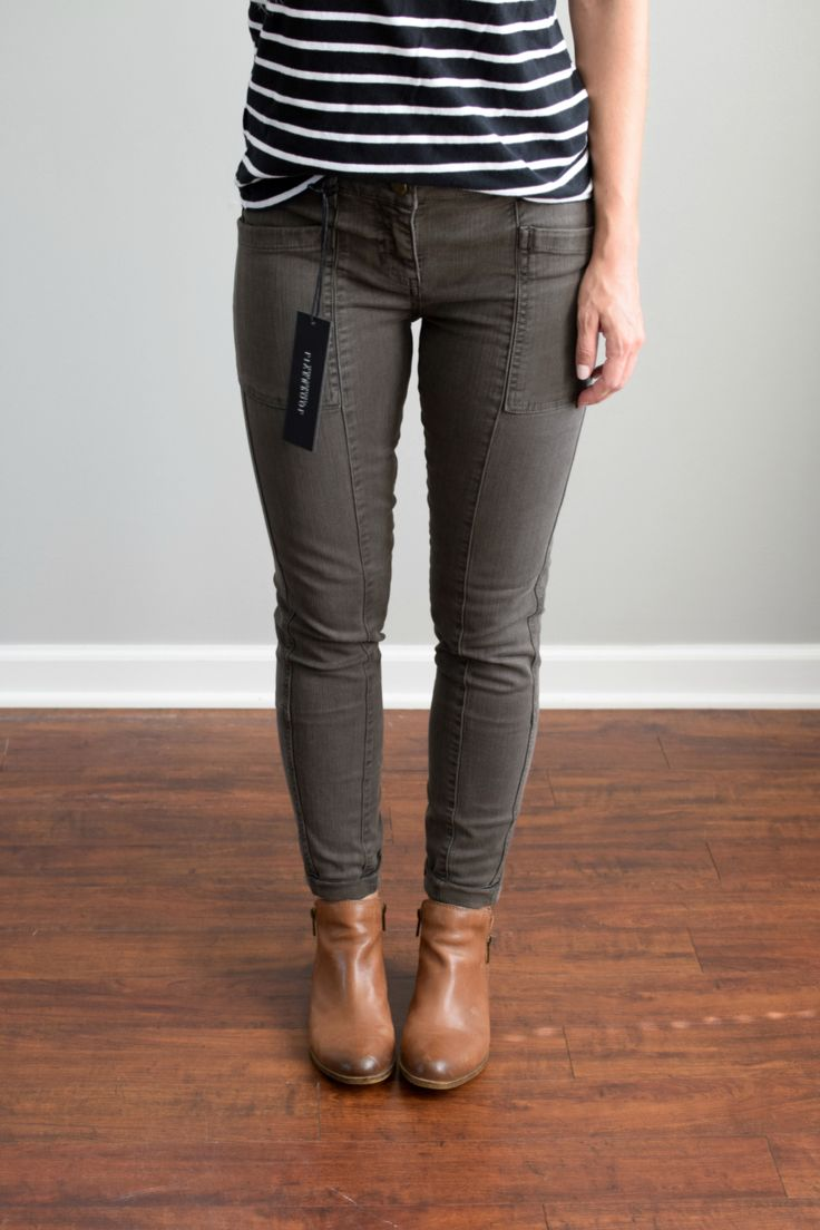 Cute pants!! September 2016 Stitch Fix Review: Liverpool Indy Cropped Skinny Cargo Jean |www.pearlsandsportsbras.com|