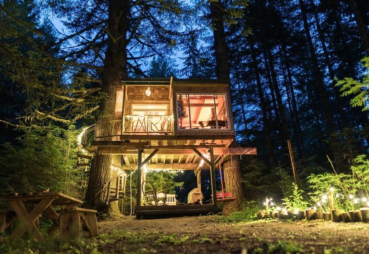Treehouse Camping in Mt Hood, Oregon