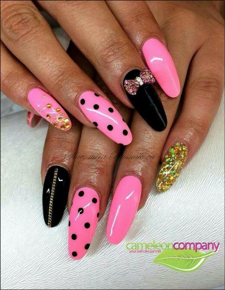 Nail neon pink and black