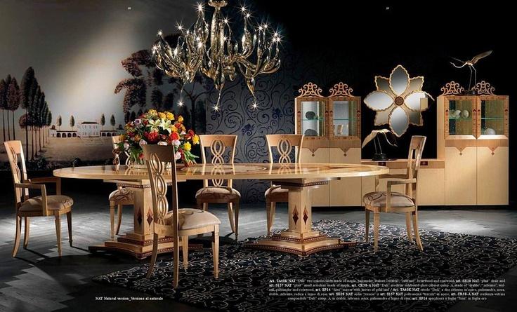 Luxusní italský nábytek do jídelny kombinující moderní i tradiční prvky od společnosti Carpanelli, více na: http://www.saloncardinal.com/carpanelli-408