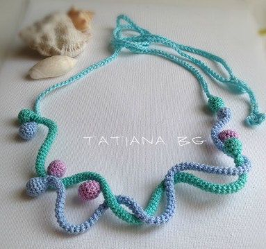 Free form crochet abstract necklace Beach bubbles by FiBreRomance