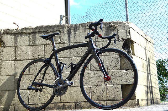 Custom Wheelset on Dogma 2 #pinarello #bicycle