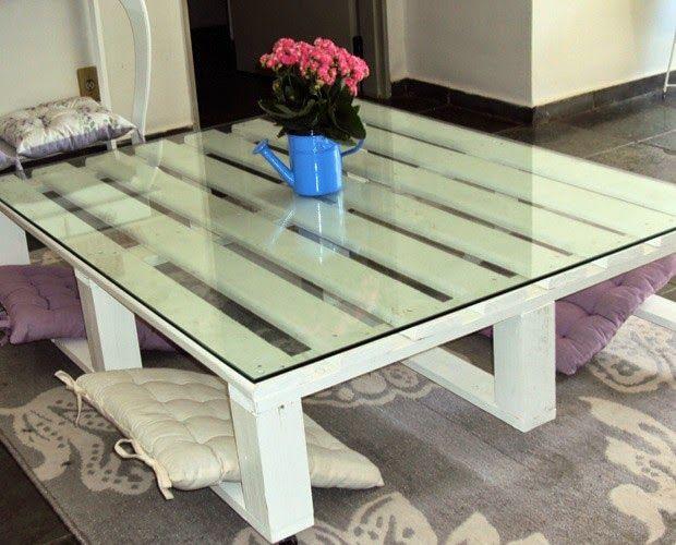 Faca uma linda mesa de centro usando estrados de madeira - Mãos á Obra. Construir,reformar e serviços.