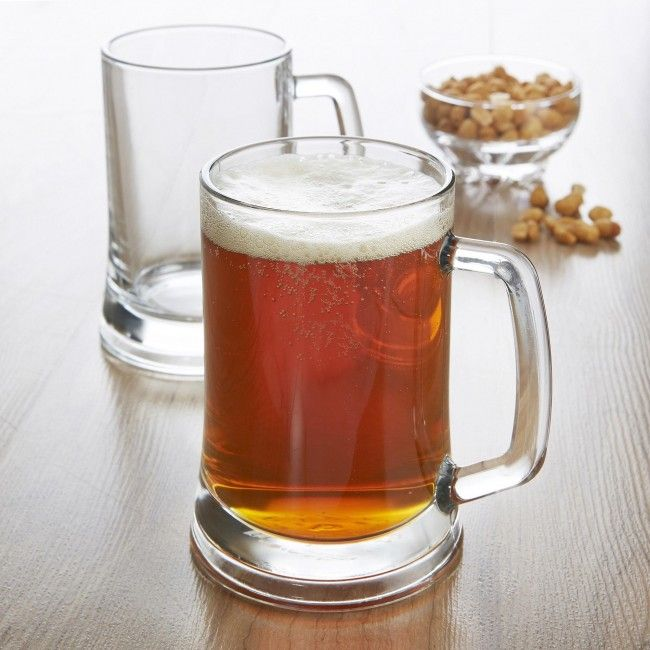 Pour a perfect pint with these stylish pub glasses.