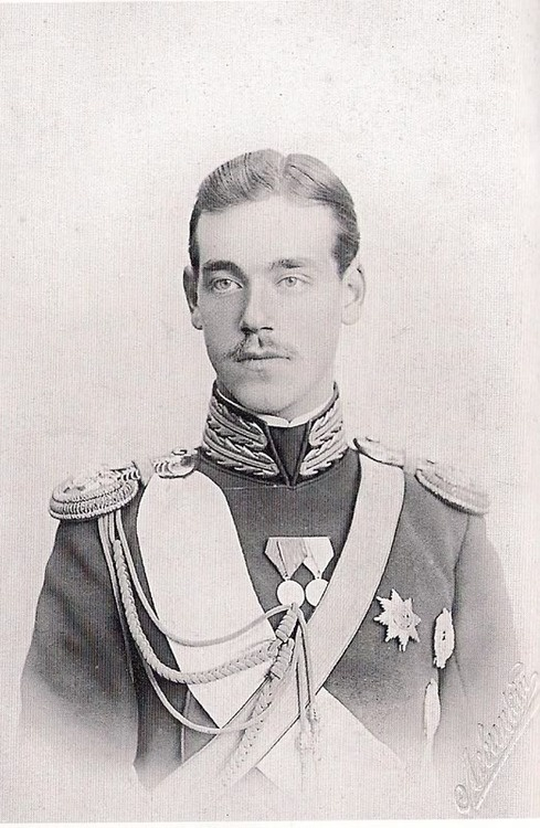 ohsoromanov:  Grand Duke Michael Alexandrovich.
