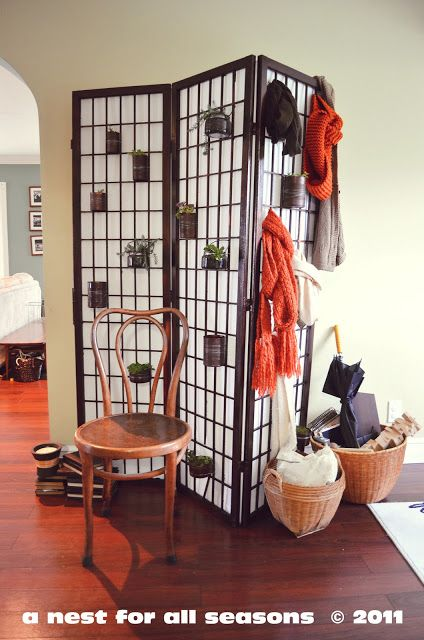 Hankering for a little indoor gardening?  Try this tin can screen idea!