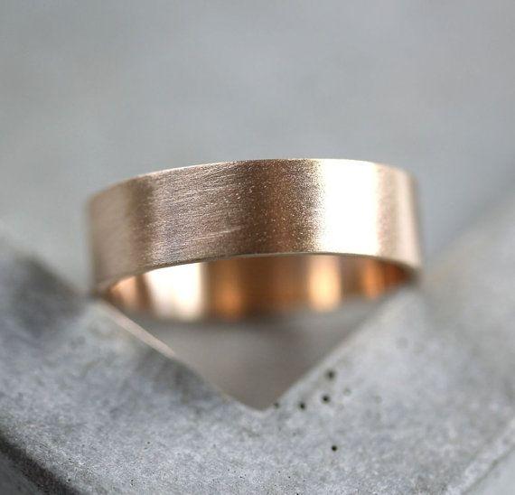 Mannen gouden trouwring 6 mm breed geborsteld platte door TheSlyFox