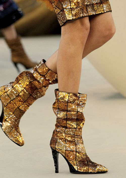 Chanel boots #gold