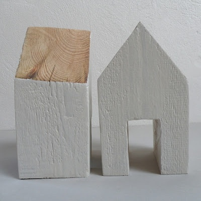 .: Casa De Madera, Wooden Houses, White Houses, Good Home-Coming, Little Houses, Pure White, Blocks Houses, Wooden Blocks, Wood Houses