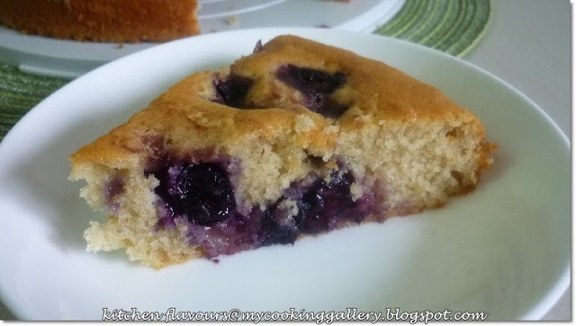Warm Cinnamon-Spiced Blueberry Cake from Kitchen Flavors
