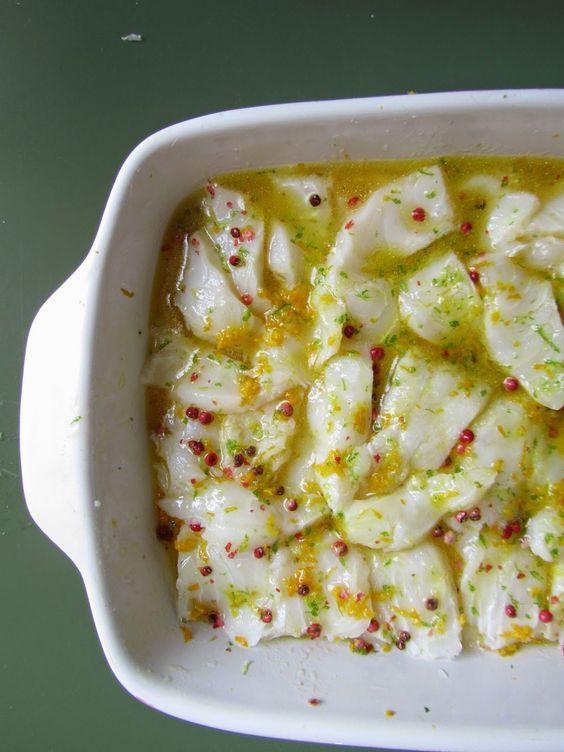 Carpaccio di Baccalà marinato al Lime, Arancia e Pepe Rosa.