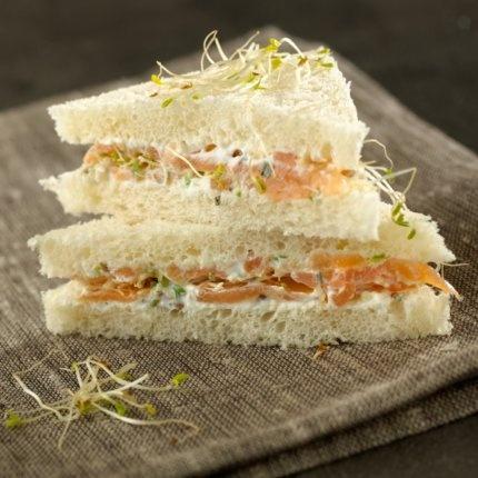 sandwich, sandwich triangle, sandwich saumon