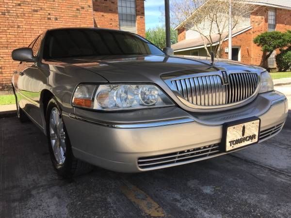 craigslist 2011 fl limited lincoln 2011 lincoln towncar signature limited miami fl 8500. Black Bedroom Furniture Sets. Home Design Ideas