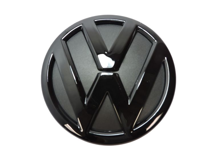 This gloss black grille emblem will add a bit of flair to your MK5 Volkswagen Jetta. Installation is simple, and requires prying your stock emblem off and replacing with this emblem. Leftover adhesive