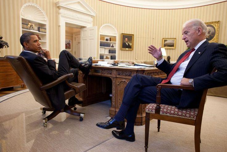 Resultado de imagem para white house president chair