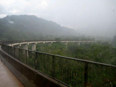 a very nice new bridge,
