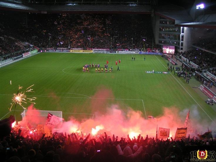Böhser Dynamo @ Kaiserslautern-Dynamo Dresden