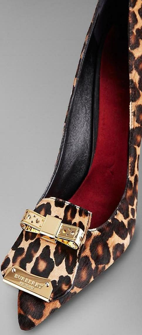The Metal Bow Animal Print Pumps