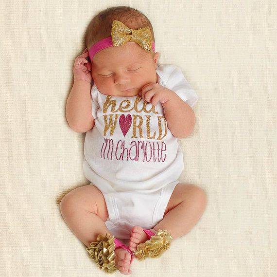 Adorable newborn baby girl outfit! Perfect for newborn photos!