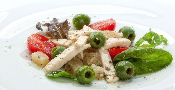 Ricetta Insalata di pollo con Olive Nocellara del Belice - Ricette con le Olive