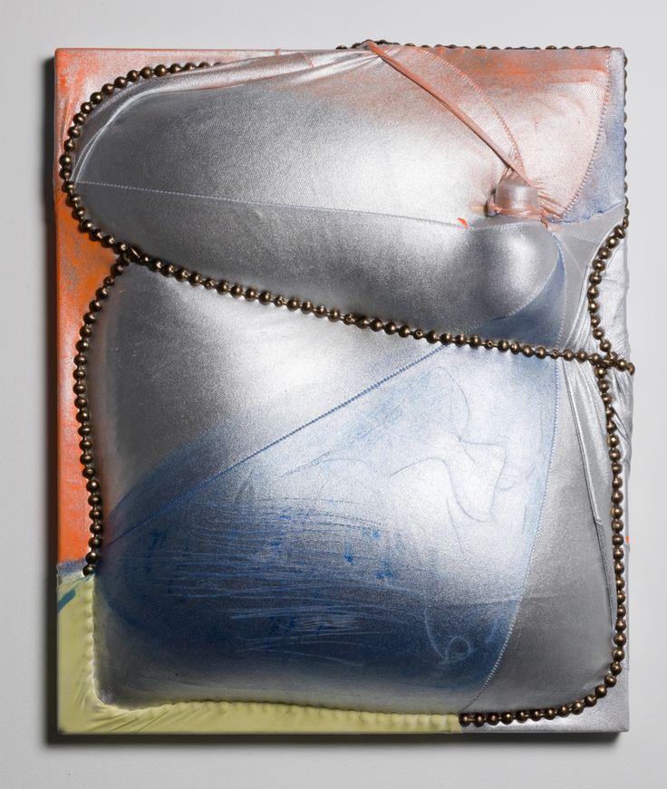 """Leeza Meksin  Meubles Grenade, 22 """"x 24"""" x 6 """", 2012, Spandex, mousse, punaises d'ameublement, polymères, huile, pigment sec et fil sur toile."""