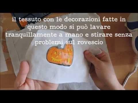 Decorare e serigrafare il tessuto con i tovagliolini di carta
