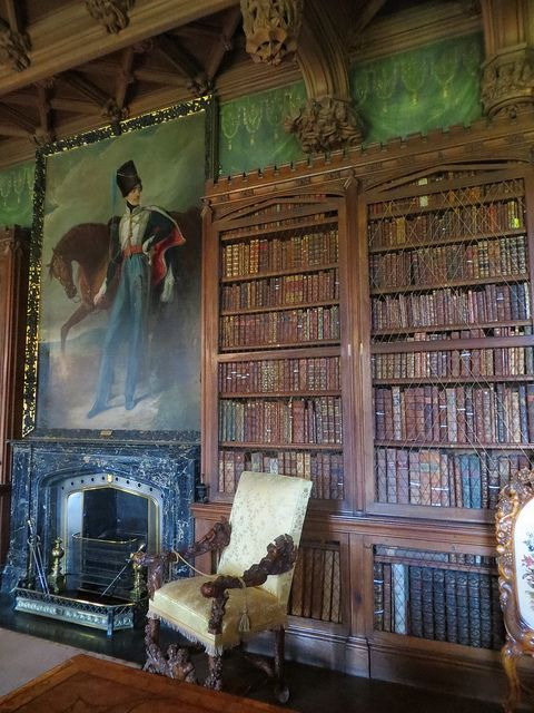 Dans la bibliothèque de Walter Scott, Abbotsford House, Galashiels, Scottish Borders, Ecosse, Royaume-Uni.